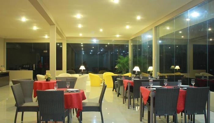 Wonua Monapa Hotel   - Makan & Minuman