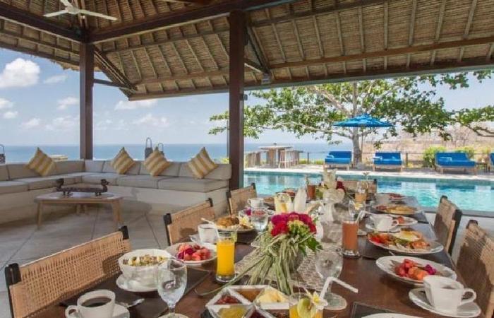 Villa Karang Putih Nagisa Bali - Ruang makan