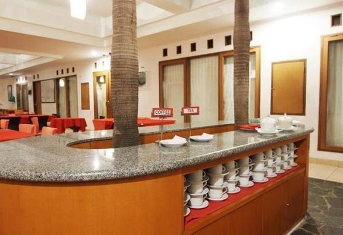 Cherry Homes  Bandung - Cafe