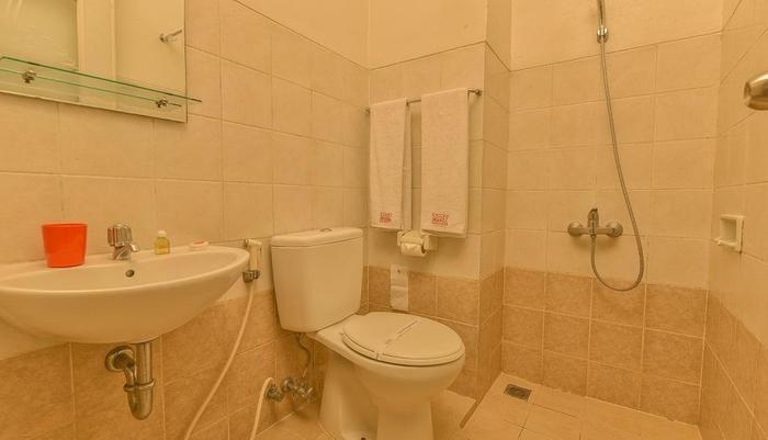 Cherry Homes  Bandung - Bathroom