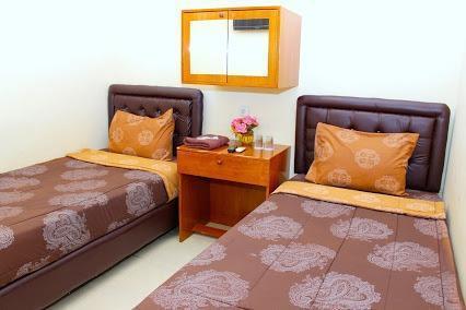Nova Guest House Syariah Malang - Superior