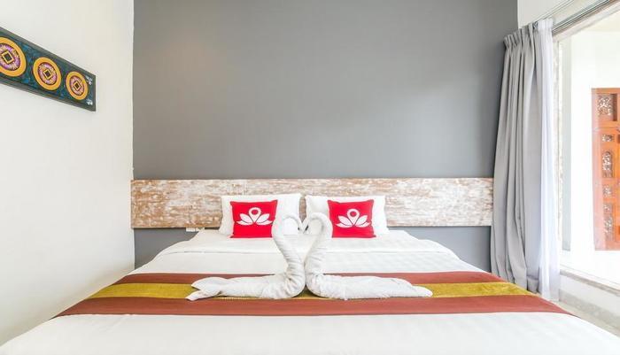 ZenRooms Denpasar Mertasari - Tampak tempat tidur double
