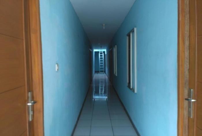 Sandila Guest House Bandung - Corridor