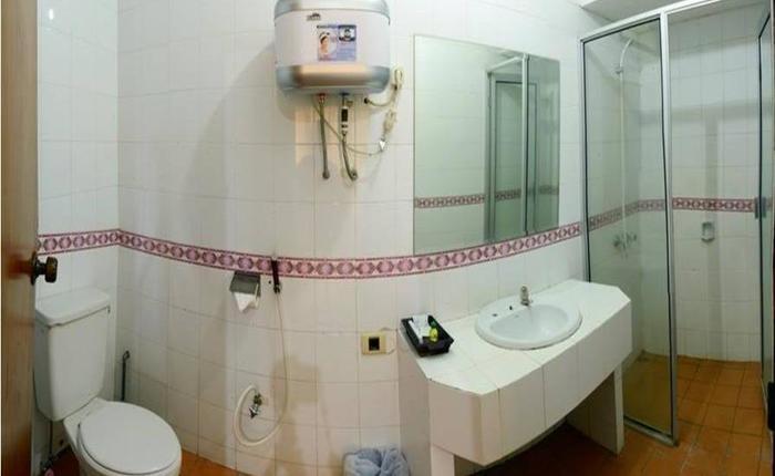 Hotel Tidar Malang - Kamar mandi