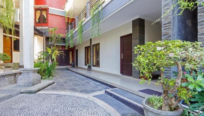 RedDoorz near Park 23 Tuban Bali - Eksterior