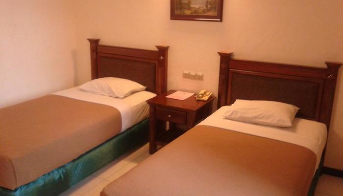 Hotel Fortuna Surabaya - Standard Twin