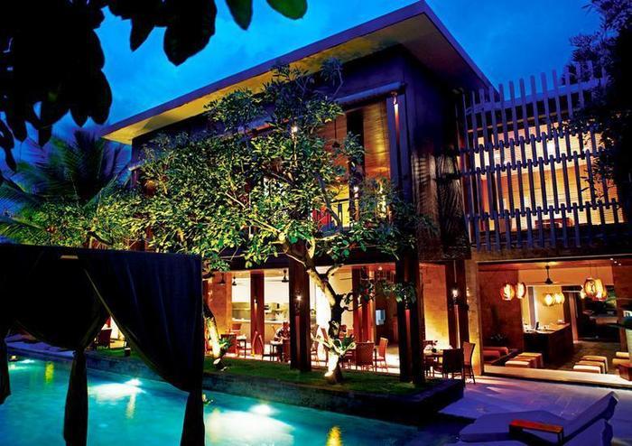 The Elysian Seminyak - Tampilan Villa