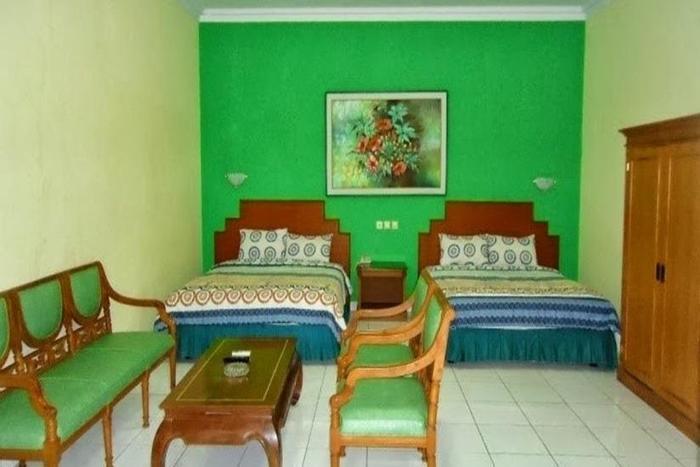 Hotel Permata Hijau Cirebon - Ruang Keluarga