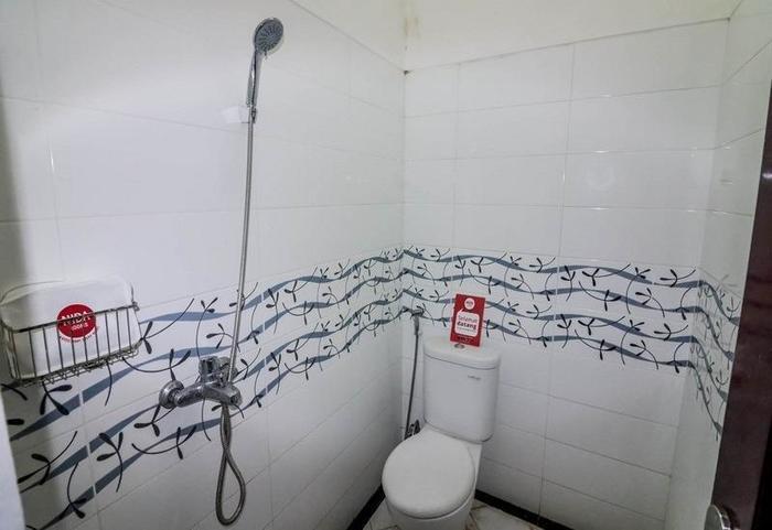NIDA Rooms Karah Indah II Joyoboyo - Kamar mandi