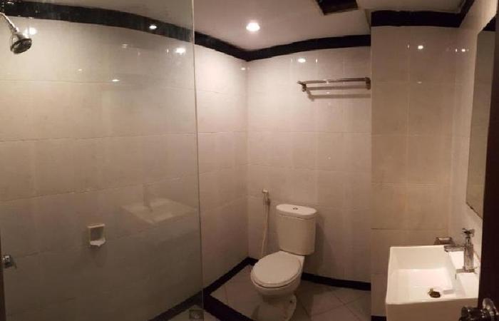 Damon Butik Hotel Pekanbaru - Kamar mandi