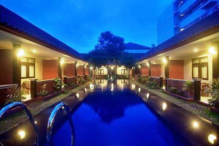 NIDA Rooms Legian Waterboom Ball - Kolam Renang