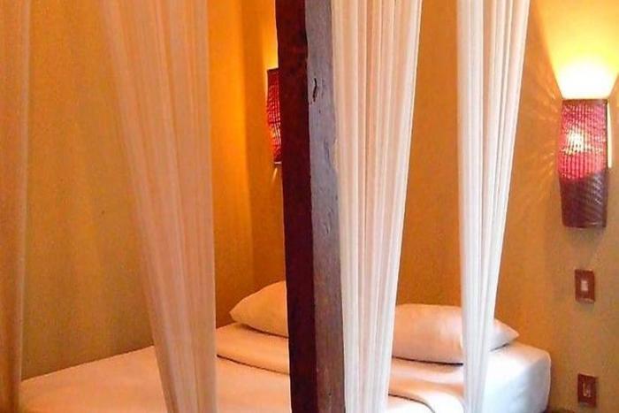 Sapu lidi Resort Hotel Bandung - Kamar tamu