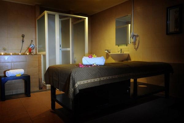 Grage Hotel  Cirebon - (14/Apr/2014)