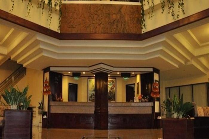 Queen Garden Hotel Purwokerto - Lobi