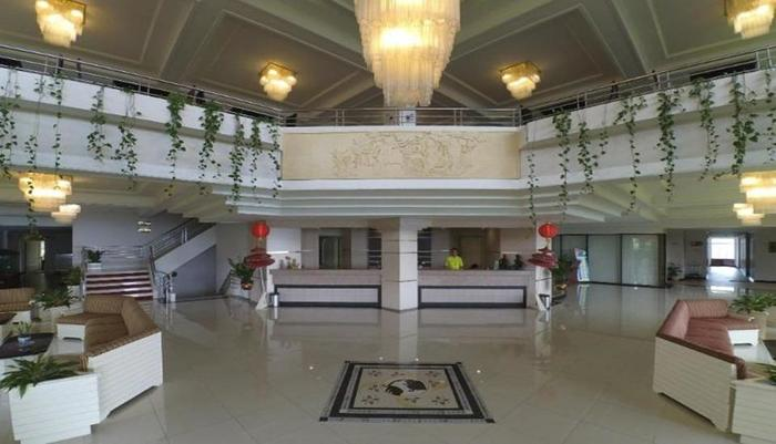 Queen Garden Hotel Purwokerto - Lobby