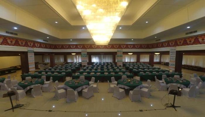 Queen Garden Hotel Purwokerto - Ballroom