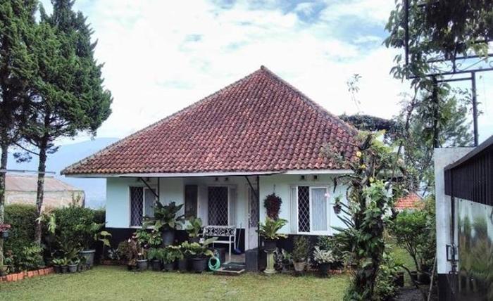 Villa 121 Lembang Bandung - Eksterior