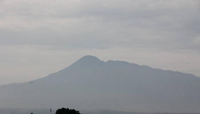 Hotel D'Anaya Bogor - Pemandangan Gunung Pangrango