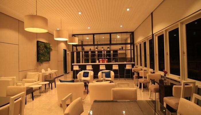 Hotel D'Anaya Bogor - Restoran D'Fleur dan Café