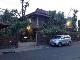 Wisma Arys Yogyakarta - Pintu masuk
