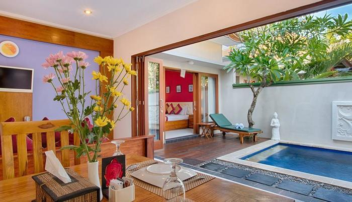 Villa Tukad Alit Bali - one bedroom with a private pool