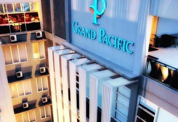 Grand Pacific Hotel Bandung - Hotel Building