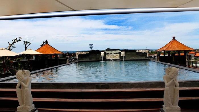 Grand Hardys Hotel Kuta - Roof Top Swimming Pool 1