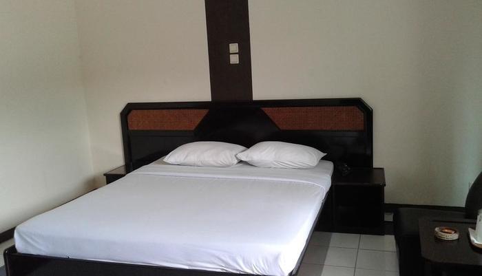 Hotel Borobudur Indah Magelang - KAMAR DELUXE DOUBLE