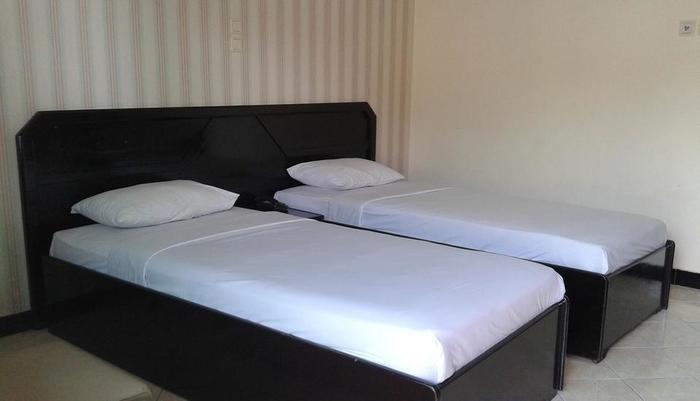 Hotel Borobudur Indah Magelang - KAMAR DELUXE TWIN