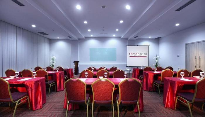favehotel Pekanbaru - Meeting Room