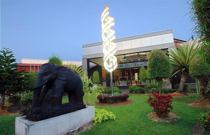 Hotel Kapuas Palace Pontianak Pontianak - Eksterior