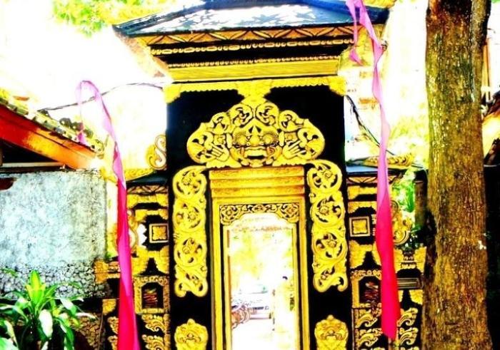 Puri Wisata Hotel Bali - Pintu masuk