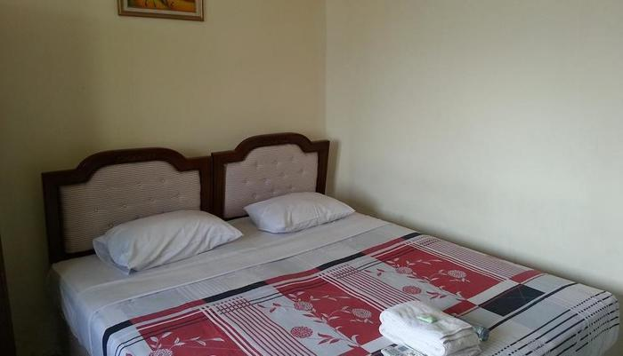 Graha Ara Syariah Homestay Surabaya - Kamar