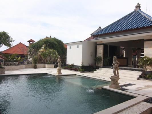 Mamo Hotel Bali - Kolam Renang
