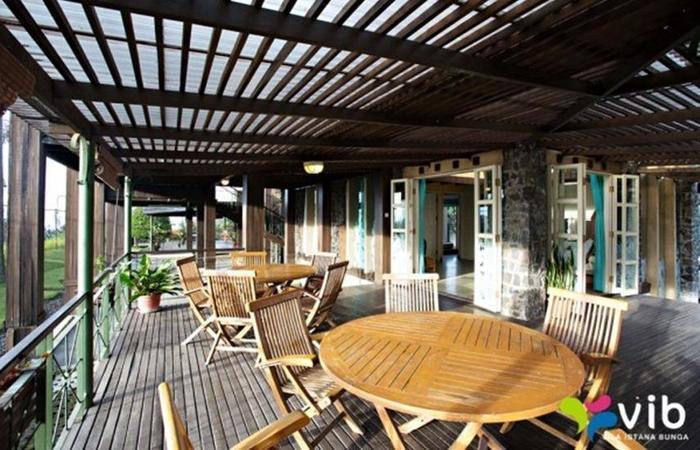 Villa Alium Bandung - Interior