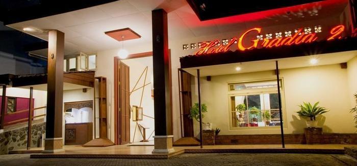 Hotel Gradia 2 Malang - Gradia 2 front look