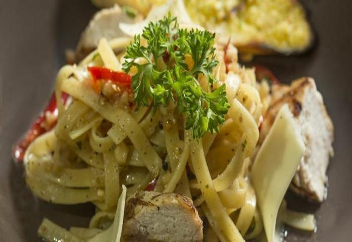 Yellow Star Gejayan Hotel Yogyakarta - Makanan dan minuman