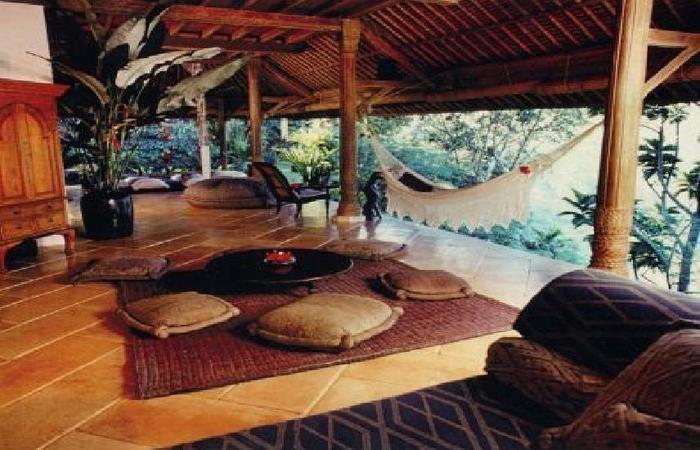Puri Bayu Villa Kedewatan Bali - Ruang tamu