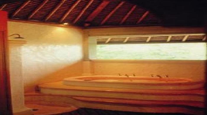 Puri Bayu Villa Kedewatan Bali - Kamar mandi