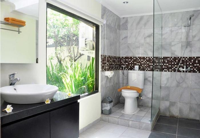 Puri Dewa Bharata Hotel & Villas Bali - Vila lantai atas kamar mandi