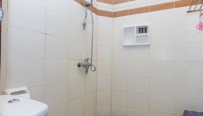 RedDoorz @Kedonganan Jimbaran - Kamar mandi