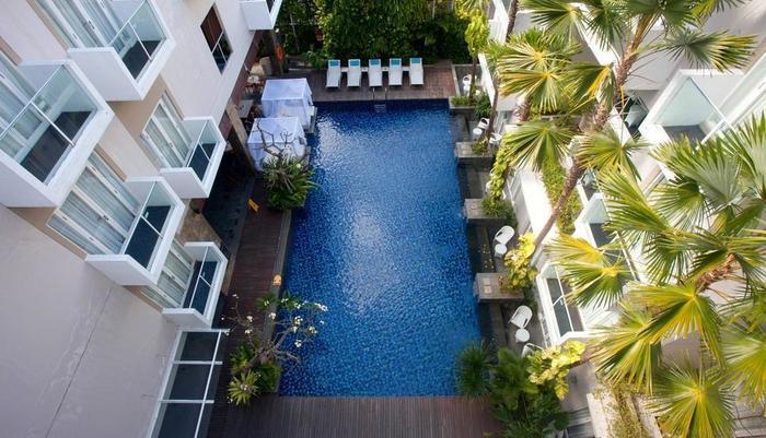 Grand Ixora Kuta Resort Bali - Kolam Renang