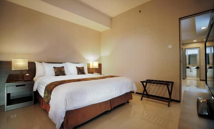 Aston Balikpapan - Royal Suite