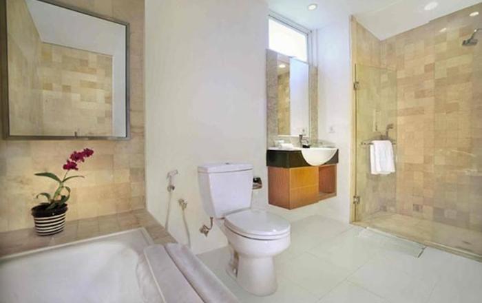 Aston Balikpapan - Bath Room