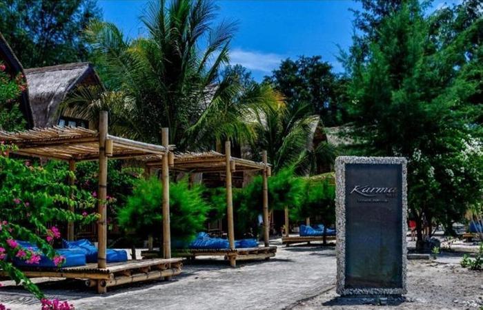 Karma Reef Lombok - pintu gerbang