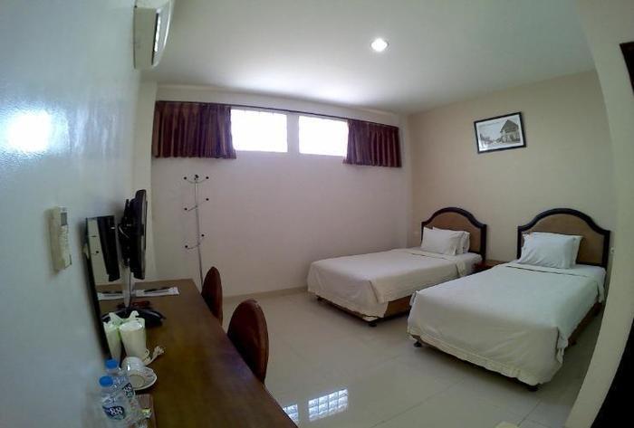 Asoka Hotel Bandung - Standard Twin