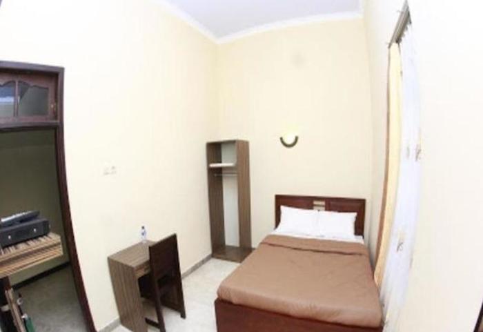 Sankita Hotel Ponorogo - Kamar tamu