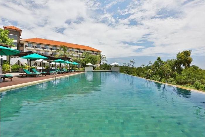 New Kuta Hotel Bali - Bathroom