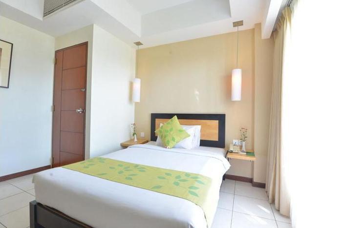 New Kuta Hotel Bali - Hotel Front