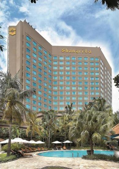 Shangri-la Surabaya - Featured Image